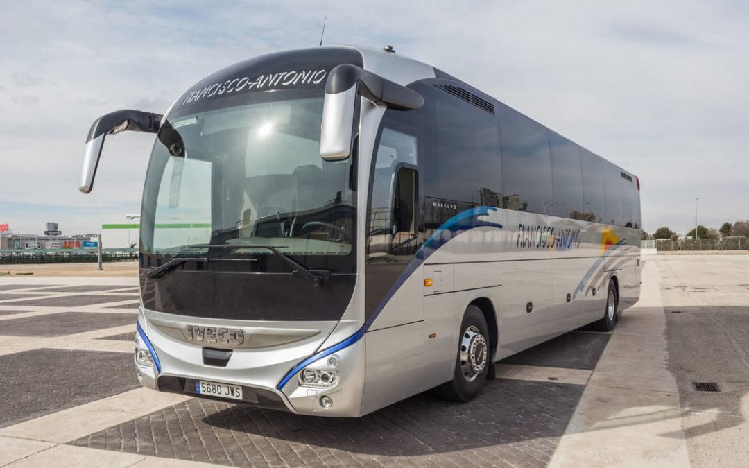 Autocares Francisco Antonio mejora e incrementa los servicios de transporte escolar